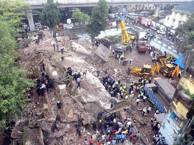 Mumbai,BMC,building collapse