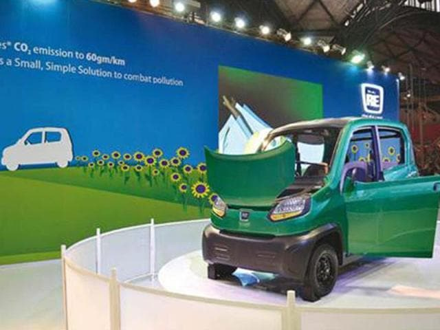 Bajaj-to-launch-its-RE60-quadricycle-by-end-2014