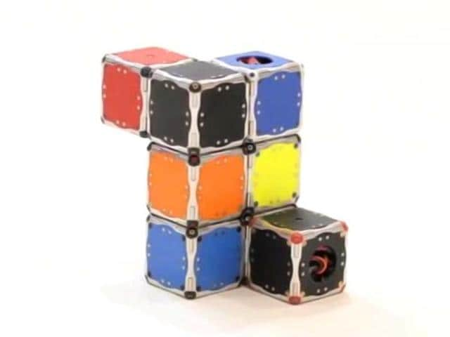 Scientists-from-the-Massachusetts-Institute-of-Technology-have-developed-new-Terminator-style-cube-shaped-robots-that-can-leap-through-the-air-jump-on-top-of-each-other-and-assemble-together-to-form-arbitrary-shapes-Video-grab-MIT
