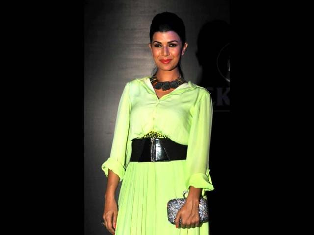 Actress-Nimrat-Kaur-at-the-the-Showstoppers-Blackberry-s-Sharp-Nights-Progressive-fashion-show-in-Mumbai-on-October-4-2013-AFP-Photo