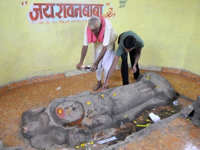In-Ravan-village-of-Vidisha-district-devotees-head-to-Ravana-s-temple-prior-to-every-auspicious-occasion-or-a-festival
