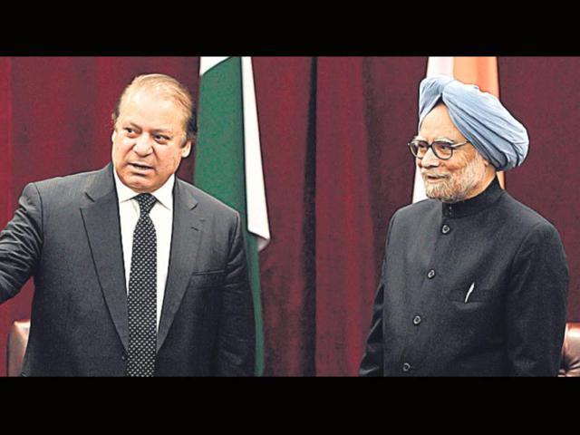 Pakistan-PM-Nawaz-Sharif-and-PM-Manmohan-Singh-during-their-September-meeting-in-New-York-AFP-Photo
