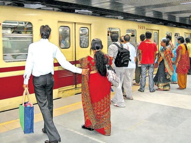 Kolkata,Metro accident