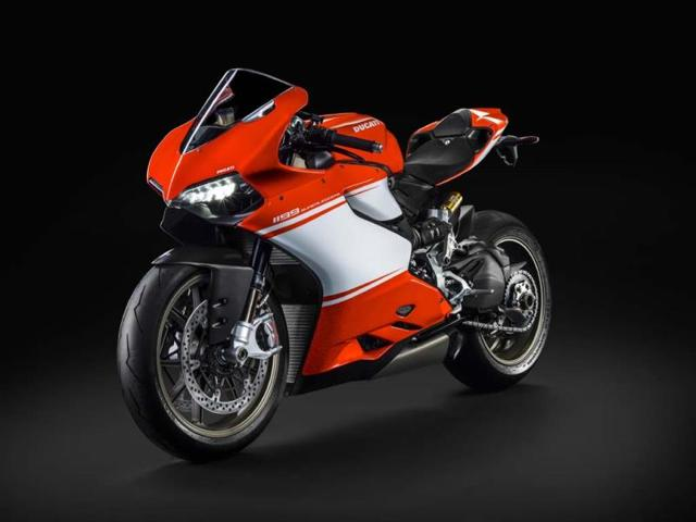The-limited-edition-Ducati-1199-Superleggera-will-sell-for-65-000-around-89-600-Photo-AFP