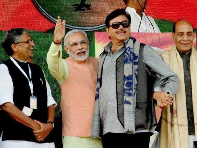 BJP-president-Rajnath-Singh-with-Gujarat-chief-minister-and-BJP-s-PM-candidate-Narendra-Modi-and-party-leaders-Shatrughan-Sinha-and-Sushil-Kumar-Modi-at-the-Hunkar-rally-in-Patna-PTI-Photo