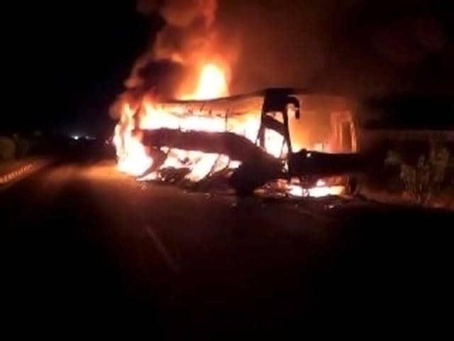 South Africa,bus crash,Zimbabwe
