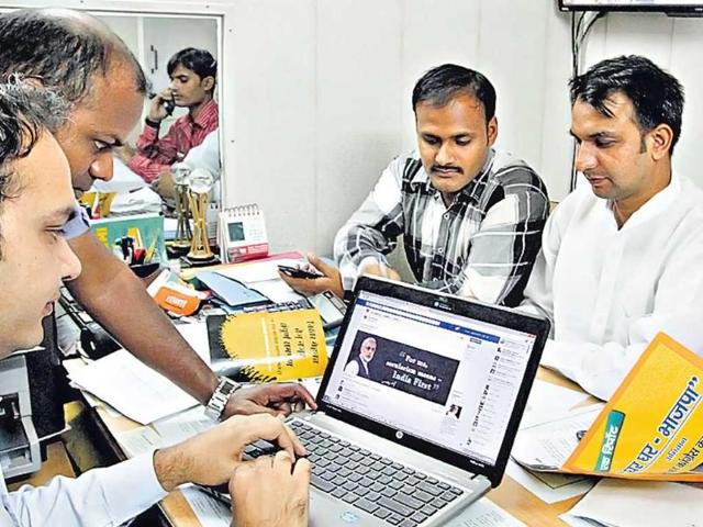 Clockwise-from-left-Khemchand-Sharma-Vijendra-Pal-Yashpal-Sharma-Satendra-Dubey-and--Rajesh-Yadav-in-the-BJP-war-room-at-the-party-s-Pandit-Pant-Marg-office-Arvind-Yadav-HT-photo