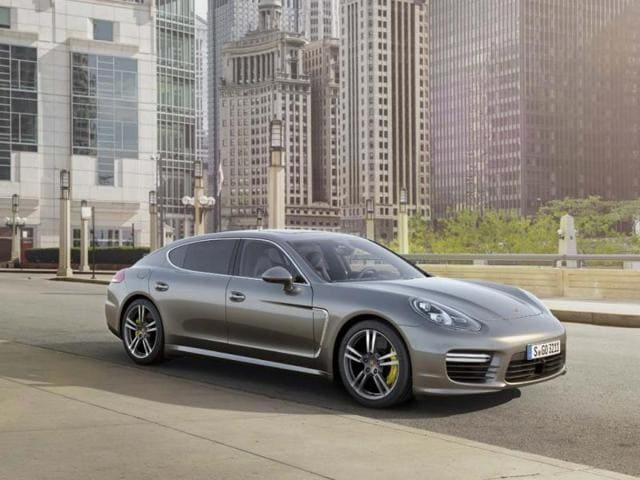 The-Porsche-Panamera-Turbo-S-Executive-will-be-available-at-a-base-price-of-200-500-in-the-US-Photo-AFP