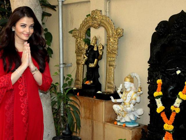 Overwhelmed to be listed amongst most beautiful: Aishwarya Rai Bachchan