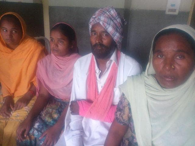 Mitthu-Singh-s-arm-was-allegedly-fractured-by-his-landlord-s-arm