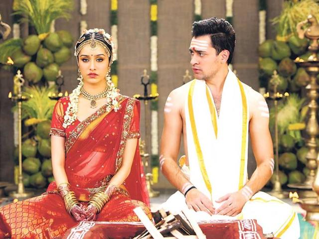 Shraddha Kapoor in a still from Gori Tere Pyar Mein