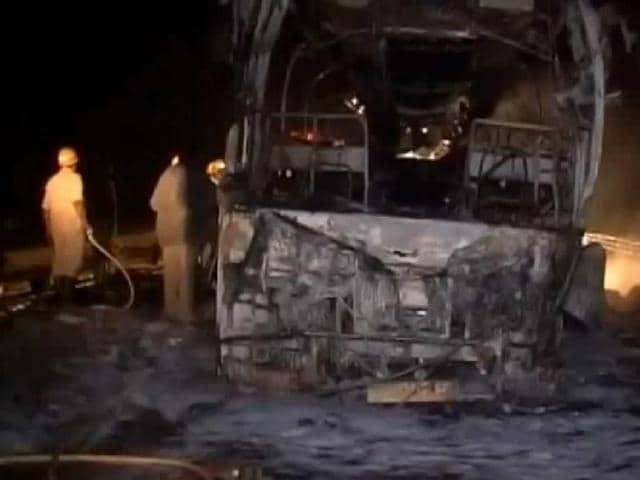 bus fire,volvo bus,karnataka bus