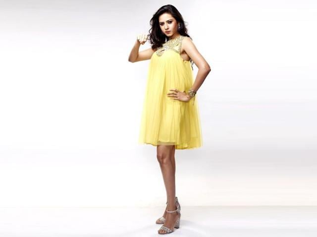 Sargun Mehta is hosting the new season of Boogie Woogie alongwith child actor, Rakshit Wahi.