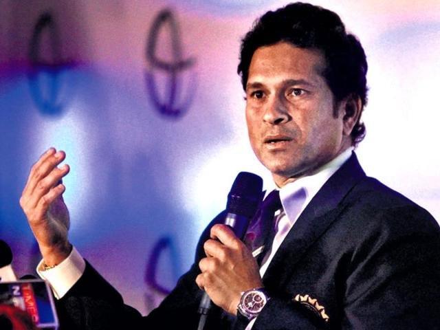 Sachin-Tendulkar-at-a-press-meet-in-Mumbai-on-Sunday-The-Little-Master-said-he-made-the-call-to-quit-cricket-after-listening-to-his-body-PTI-photo