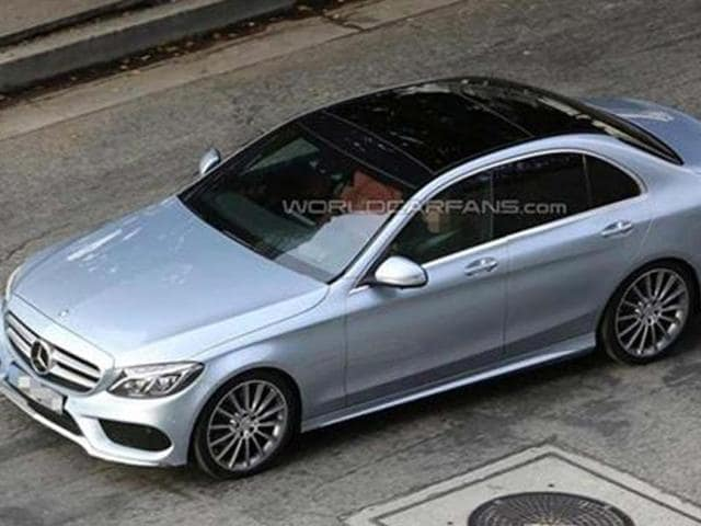 New-Mercedes-C-Class-spied-undisguised