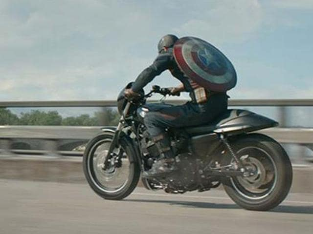 Captain-America-on-a-Harley