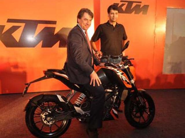 Bajaj-KTM-to-roll-out-KTM-s-new-RC-motorcycle-series-in-2014