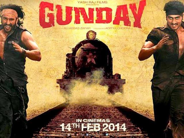 Arjun-Kapoor-Priyanka-Chopra-and-Ranveer-Singh-on-the-sets-of-their-upcoming-movie-Gunday-Photo-courtesy-Twitter