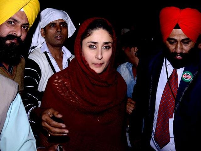 Kareena Kapoor turned heads recently as she visited the Golden Temple in a very girl-next-door avatar. Browse through! (AFP Photo)