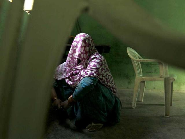 A 30-year-old rape victim from Fugana village has taken refuge in Jogia Khera village, Muzaffarnagar. Many victims reveal that they had to take help from NGOs, to lodge complaints. (Raj K Raj/HT Photo)
