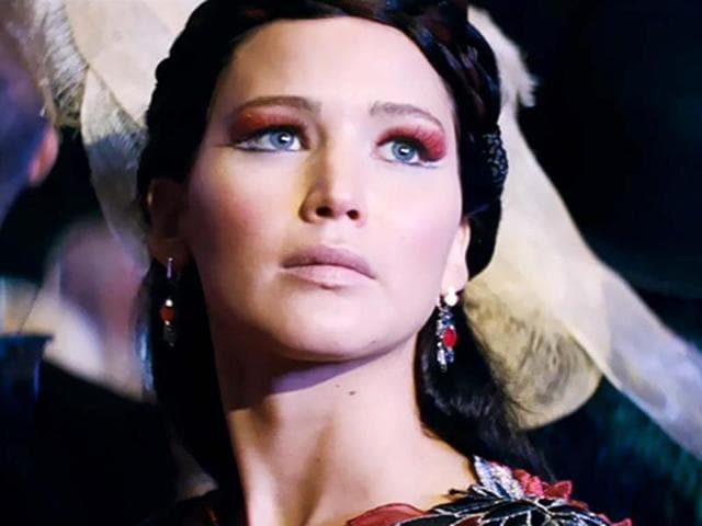 Jennifer-Lawrence-returns-to-play-the-lead-as-Katniss-Everdeen-in-The-Hunger-Games-Catching-Fire