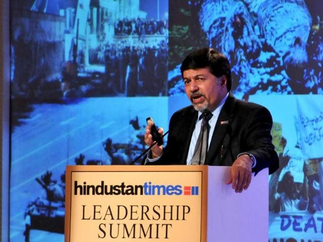 Professor-Raj-Sisodia-from-Babson-College-addressing-the-Hindustan-Times-Leadership-Summit-in-New-Delhi-Gurpreet-Singh-HT-Photo