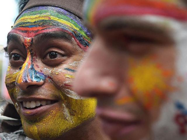 Indian sexual minority community members participate in a Rainbow Pride Walk in Kolkata. (AFP PHOTO)