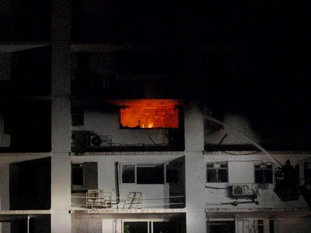 Kemps Corner fire