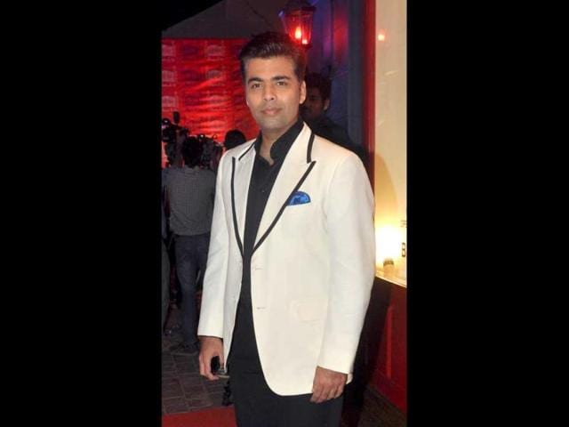 Karan-Johar-also-came-in-to-sip-some-Koffee