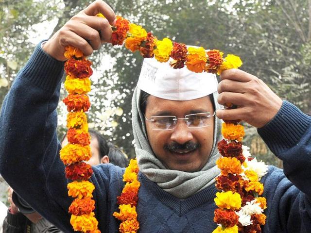 Modi-Rahul fight unfortunate; Kejriwal new alternative: AAP