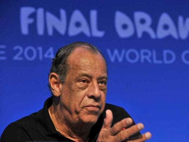 Brazilian-football-legend-Carlos-Alberto-Torres-at-a-press-conference-on-the-eve-of-the-Brazil-2014-Fifa-Football-World-Cup-final-draw-in-Costa-do-Sauipe-AFP