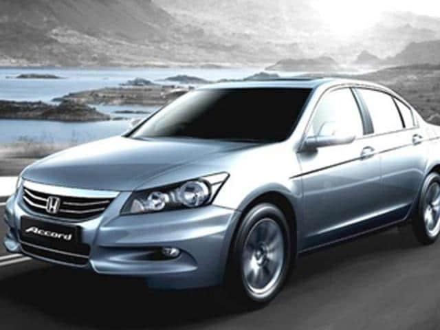 Honda & Volkswagen discontinue the Accord & Passat respectively,discontinue Honda & Volkswagen