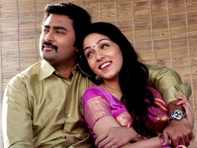 A-still-from-the-film-Kalyana-Samayal-Saadham