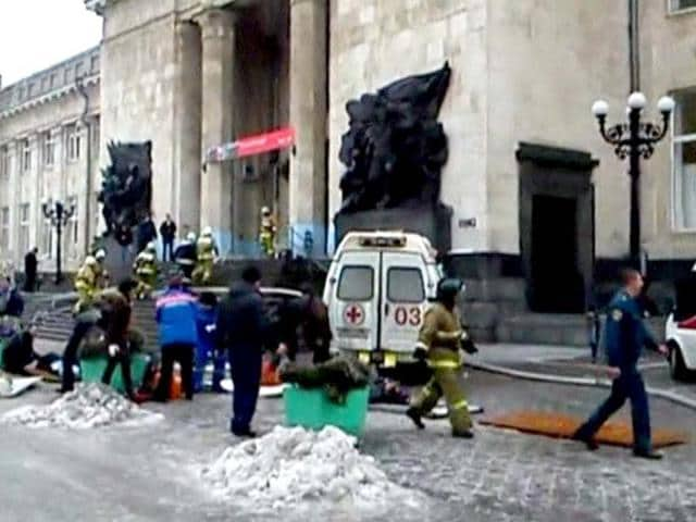 A-still-image-taken-from-video-shows-firefighters-emergency-ministry-members-and-medics-working-outside-a-train-station-near-the-site-of-an-explosion-in-Volgograd-Reuters-Photo