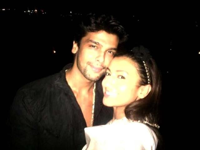"When Gaushal was trending on the micro-blogging site, Gauhar tweeted, ""Gaushal sending love bck to all of u lovelies ..."""