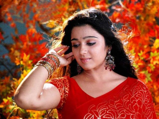 Actress-Charmi-Kaur