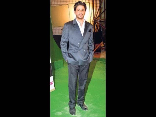 Shah-Rukh-Khan-at-a-Bandra-studio