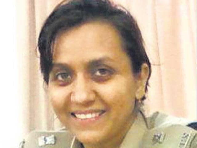 Durga 2.0,Aslam Khan,IPS officer transferred