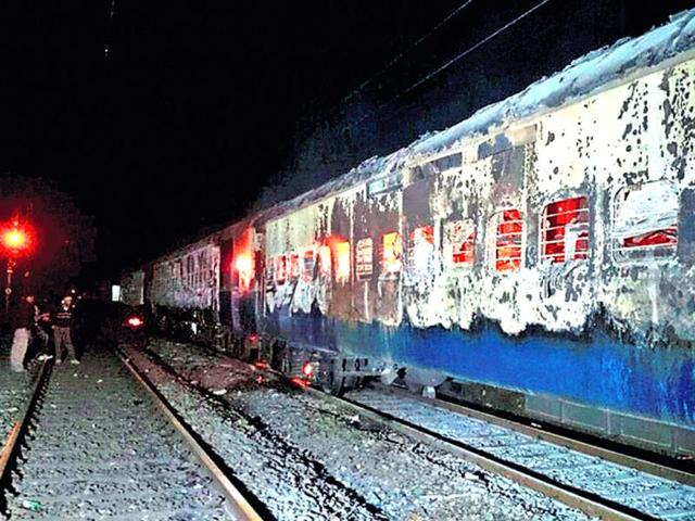 Burnt-coaches-of-the-Mumbai-Dehradun-Express-that-caught-fire-near-Dahanu-in-Thane-district-PTI-photo