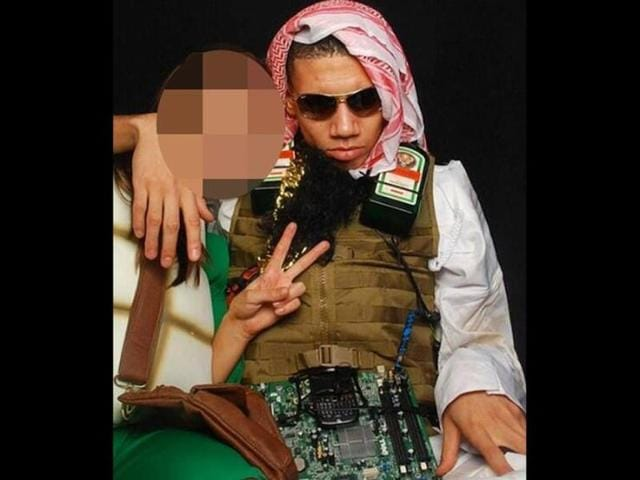 Chris Smalling,British tabloid The Sun,suicide bomber