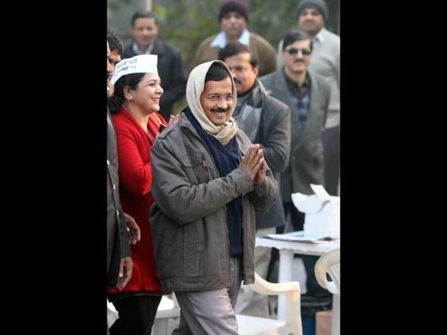 Delhi-CM-Arvind-Kejriwal-speaks-with-Delhi-s-urban-development-minister-Manish-Sisodia-during-a-protest-in-New-Delhi-Reuters-photo
