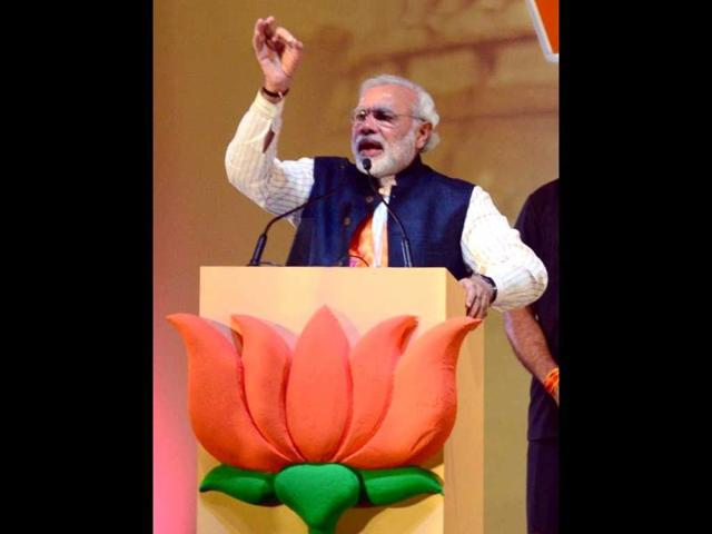Narendra Modi to address rally in Meerut shortly
