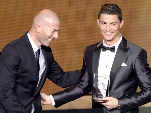 Real-Madrid-s-Portuguese-forward-Cristiano-Ronaldo-with-Real-Madrid-s-assistant-coach-and-former-French-midfielder-Zinedine-Zidane-at-the-FIFA-Ballon-d-Or-award-ceremony-at-the-Kongresshaus-in-Zurich-AFP-photo