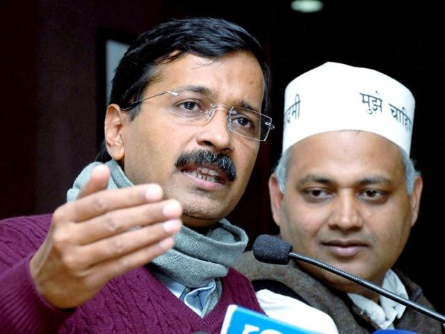 A-file-photo-of-Delhi-chief-minister-Arvind-Kejriwal-with-Delhi-law-minister-Somnath-Bharti-during-a-press-conference-in-New-Delhi-PTI