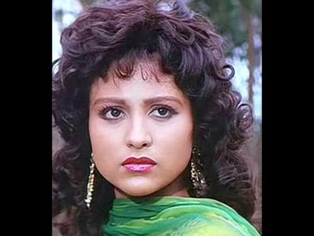 Chandni made her acting debut opposite Salman in Sanam Bewafa, that released in 1991. Although the film was a hit, Chandni, who later worked in films such as Jai Kishen and 1942: A Love Story, among others, could never make it big in Bollywood.