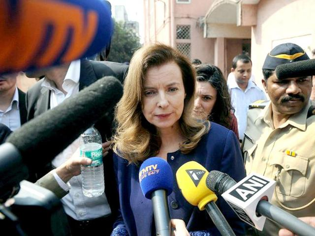 Valerie-Trierweiler-the-ex-partner-of-French-president-Francois-Hollande-is-surrounded-by-media-after-visiting-the-Nutrition-Rehabilitation-and-Research-Centre-at-a-hospital-in-the-Dharavi-area-of-Mumbai-AFP-Photo