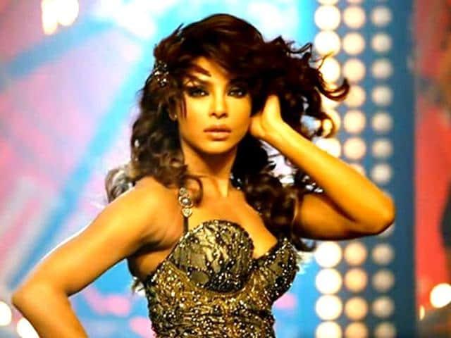 Priyanka-Chopra-in-a-still-from-Gunday-s-song-Asalaam-E-Ishqum