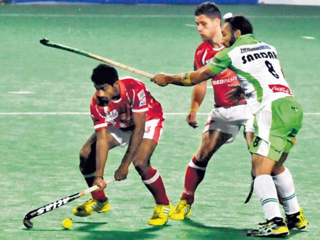 Hockey India League: Walmiki, Akashdeep give Waveriders full points