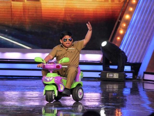Akshat-Singh-performs-on-TV-show-India-s-Got-Talent