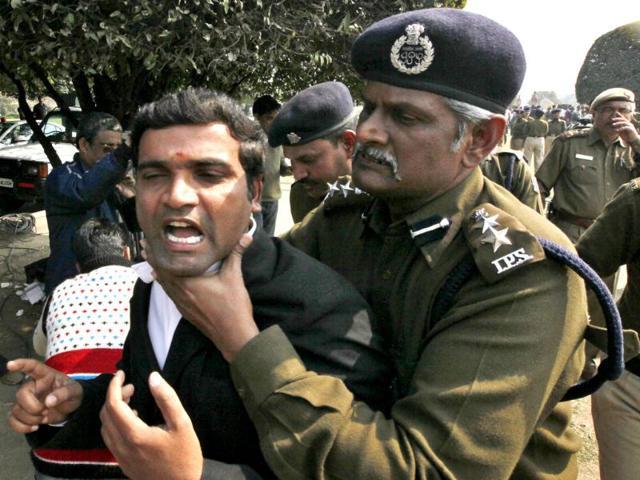 Telangana fight in Lok Sabha,Chaos in Parliament,Lagadapati Rajagopal